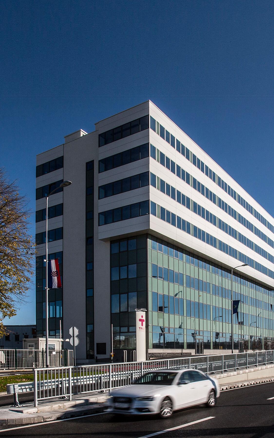 Petrius Center